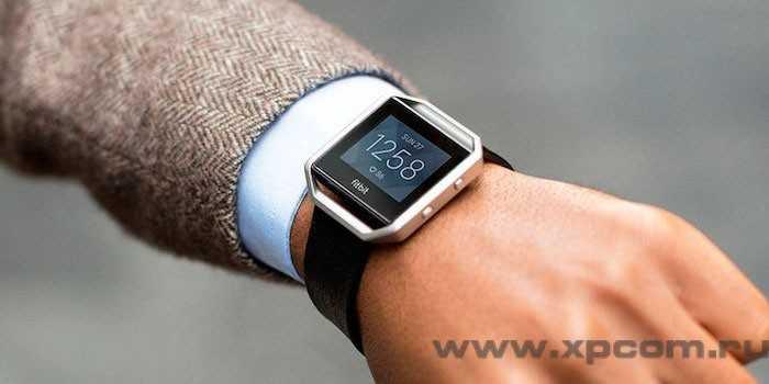 Бюджетные смарт-часы Fitbit Blaze