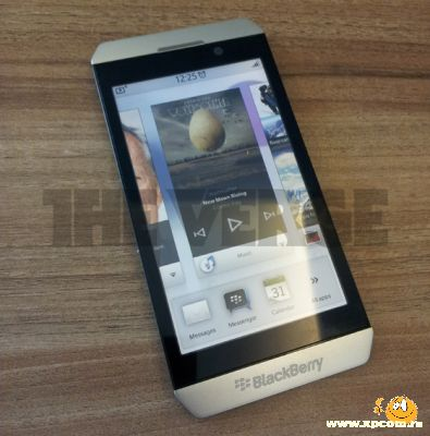 RIM выпустит смартфон BlackBerry London