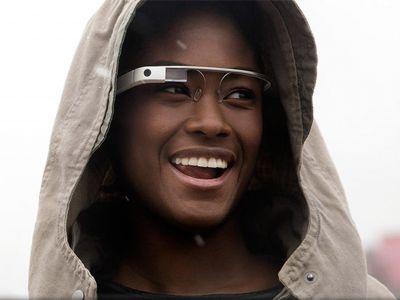 Очки вызовут такси и помогут в пробежке: специалисты изучили программу Google Glass