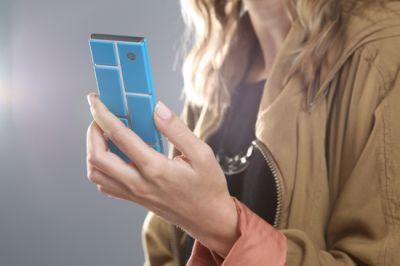 Смартфон Motorola из отдельных модулей
