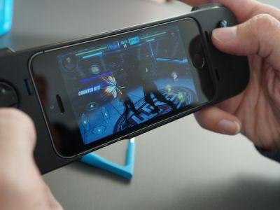 Logitech джойстик для iPhone 5S