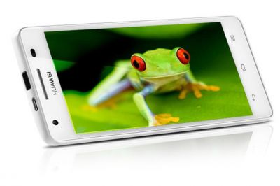 Huawei Honor 3 c рекламой в стиле 90-х
