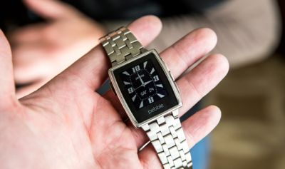 Pebble реализовала 400 тысяч «умных» часов в прошлом году