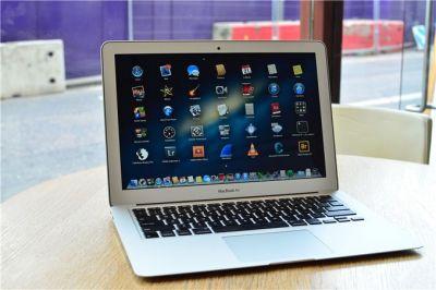 Apple выпустить MacBook Air в серебристом, сером и золотом корпусе