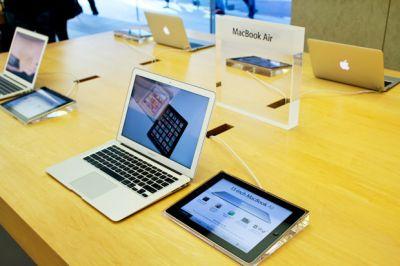 Русские скупают устройства Apple на фоне падения курса рубля.