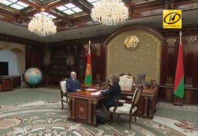 Лукашенко любит Apple