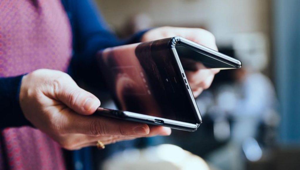 Лучшие складные телефоны